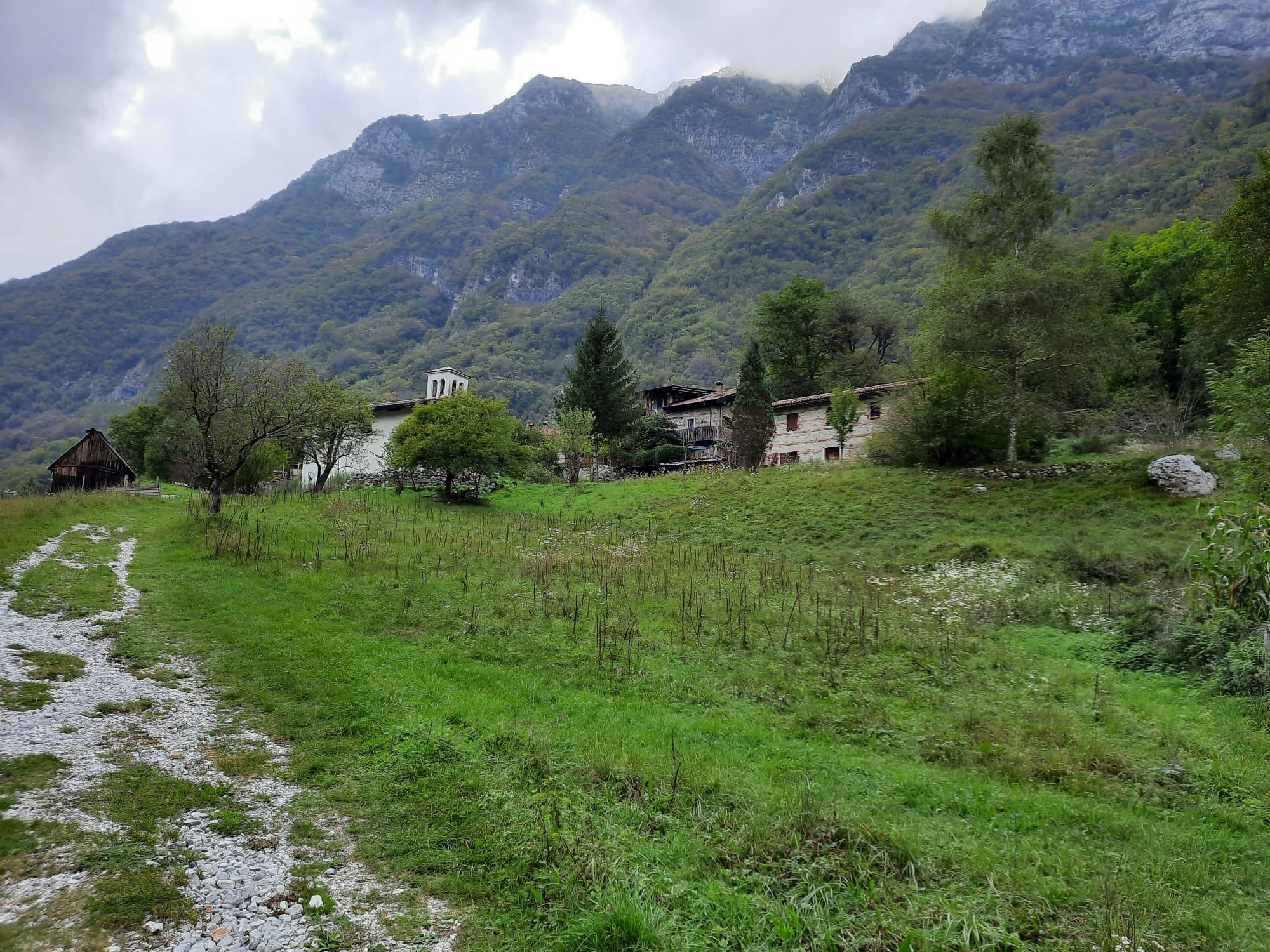 04 - Il piccolo borgo di Pozzis